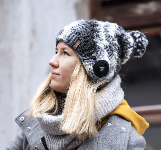Bluetooth® Checkerboard Beanie JBL® Grey